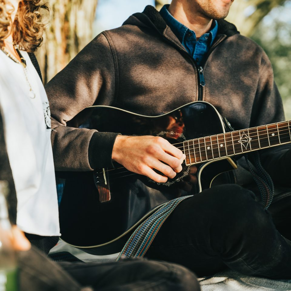 Music couple by the Avon River